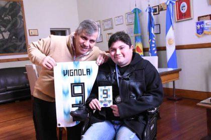 El intendente recibió al 9 de la Selección Argentina de Sillas de Ruedas a Motor
