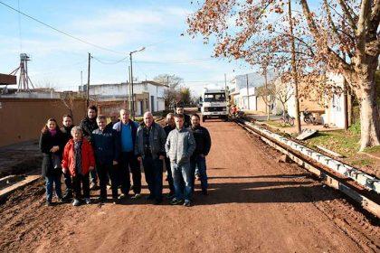 Ocho nuevas cuadras de cordón cuneta y asfalto para el barrio Glaxo